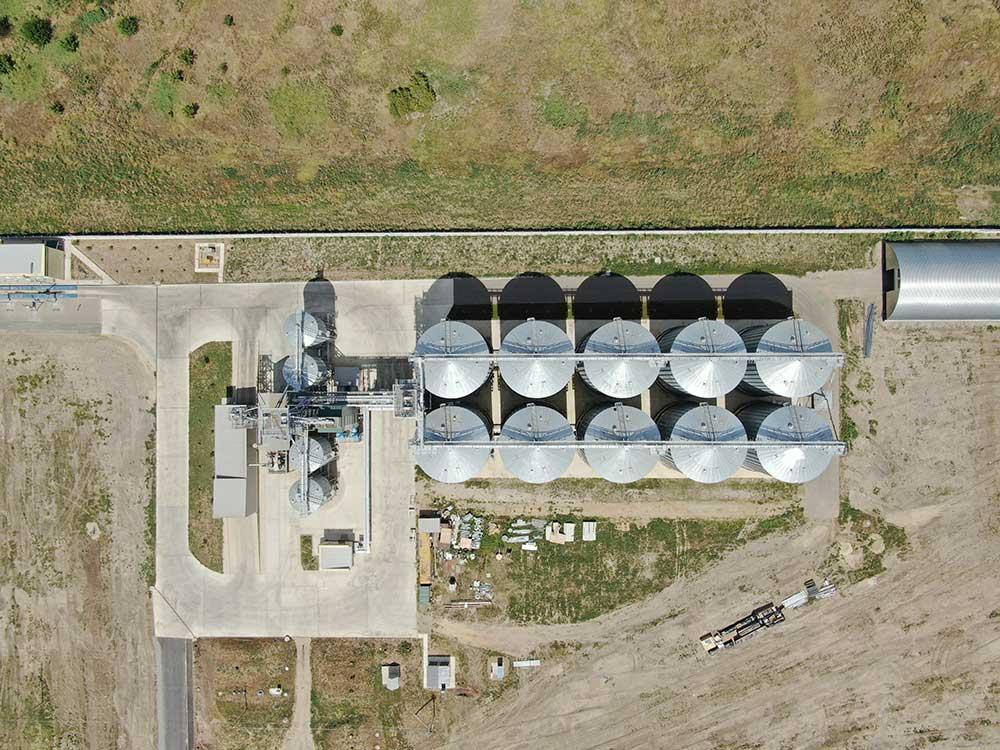 Элеватор это особое механизированное зернохранилище больших последние приоры с конвейера